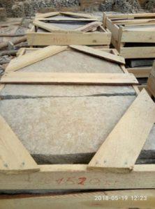 Бордюрный камень режевской фото